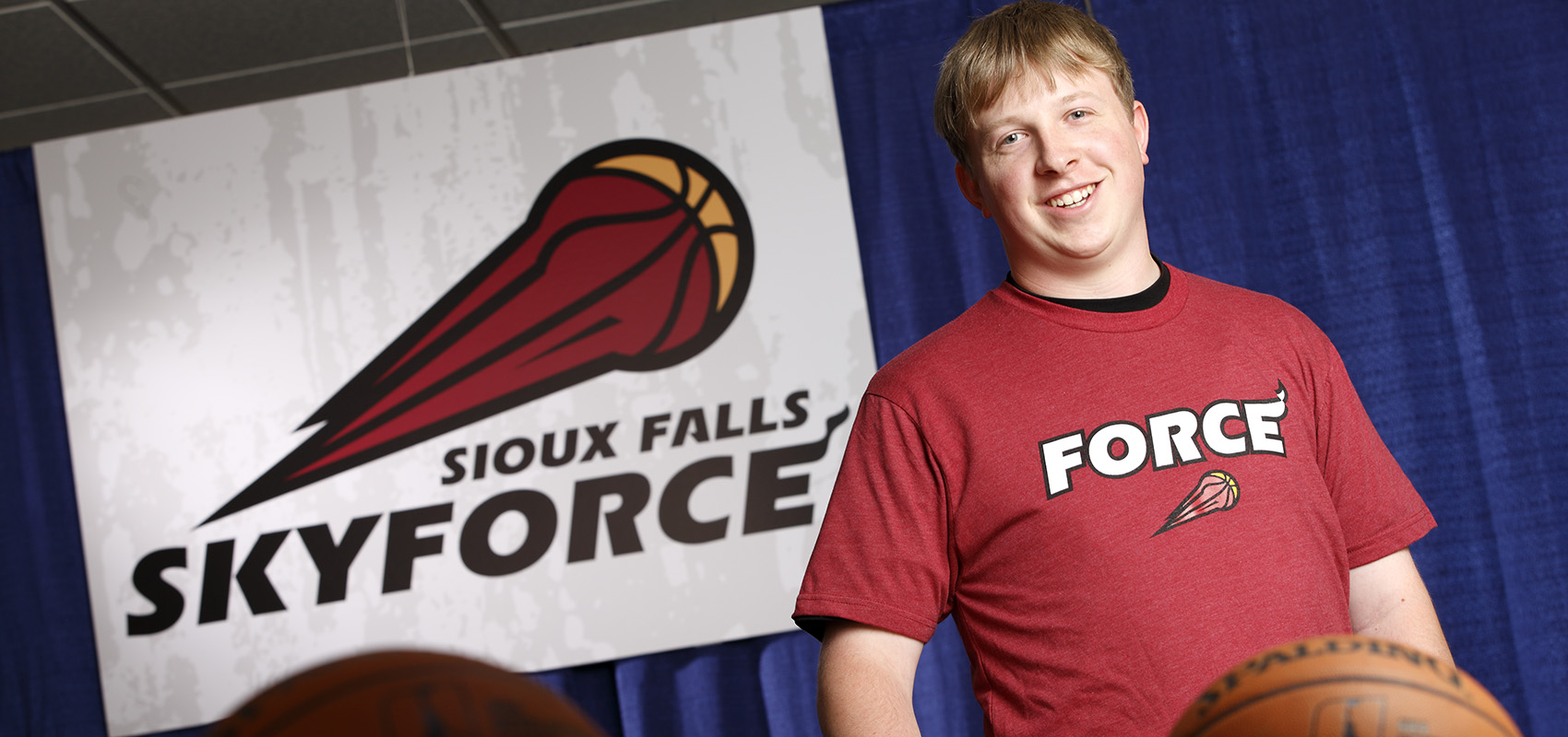 USF business student interning with Sioux Falls Skyforce.